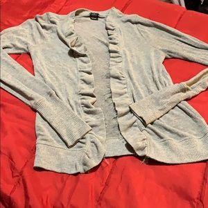 Gray  ruffled cardigan 🌷